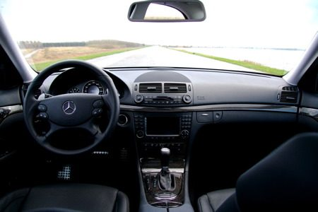 Mercedes-Benz E63 AMG interieur