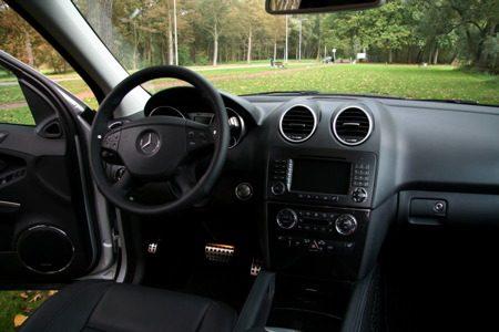 Mercedes-Benz ML63 AMG interieur