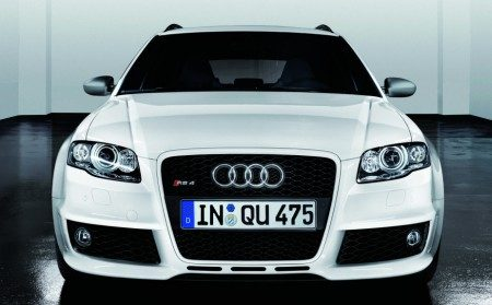 Audi RS4 Exclusive White