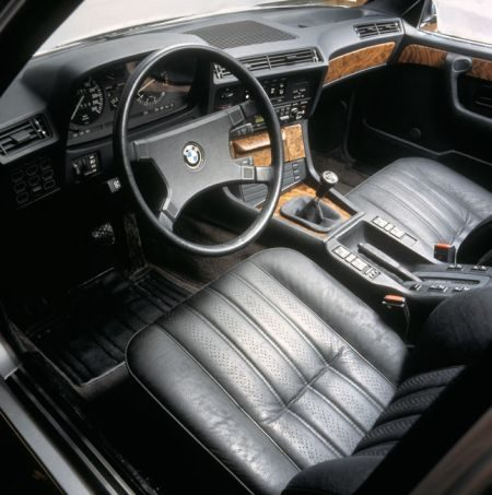 E28 old school interieur