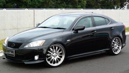 Lexus IS Wald