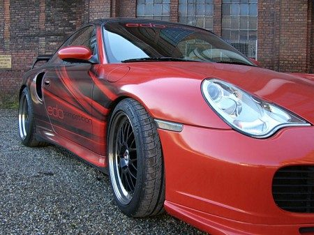 Porsche 996 Turbo red-back EDO Competition