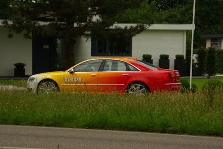 Audi S8 rainbow - Foto Jim Appelmelk