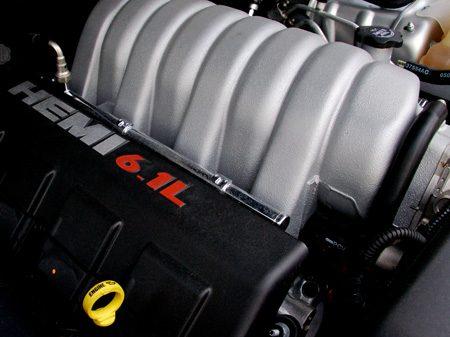Chrysler 300C SRT-8 6.1L HEMI V8