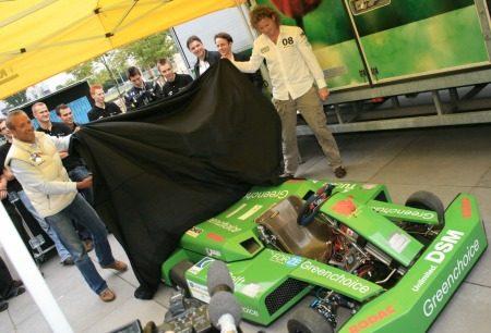Tim Coronel onthult waterstof kart