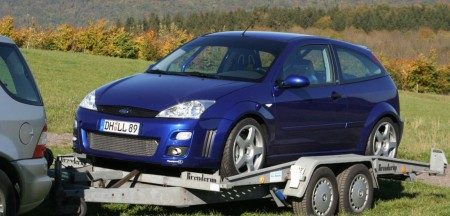 Ford Focus RS op trailer