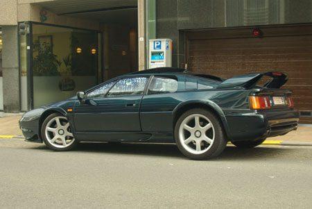 Lotus Esprit V8 - foto Jim Appelmelk