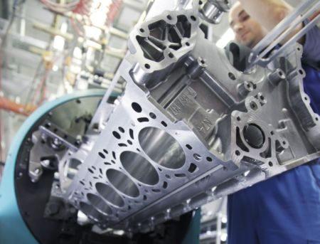 BMW 6.0 TwinPower Turbo V12