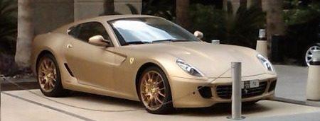 Ferrari 599 GTB Fiorano mat goud