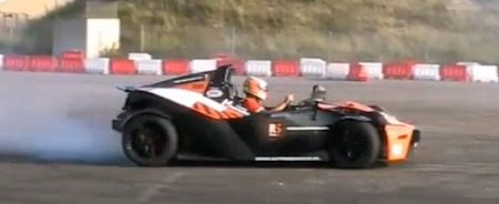KTM X-Bow rokende banden