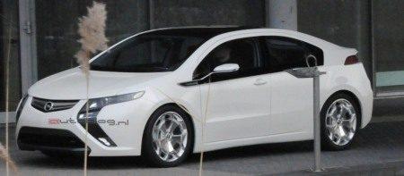 Opel Ampera spyshot