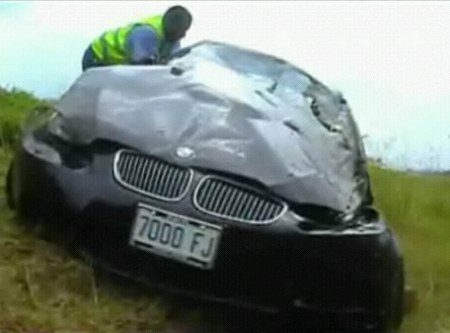 Usain Bolt crasht BMW M3