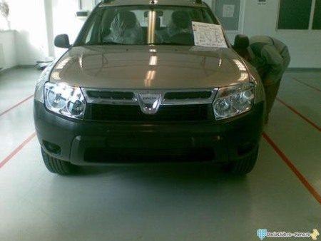 Dacia SUV spy
