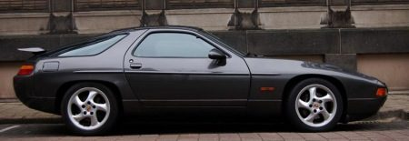 Porsche 928 op Autojunk