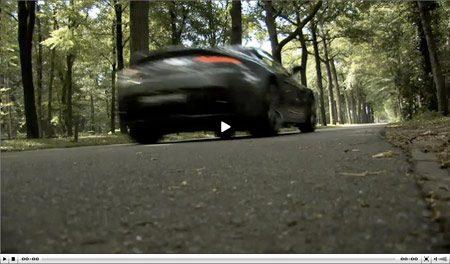 Video Aston Martin V12 Vantage