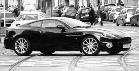 Wallpaper: Aston-Martin Vanquish S - Foto Jim Appelmelk