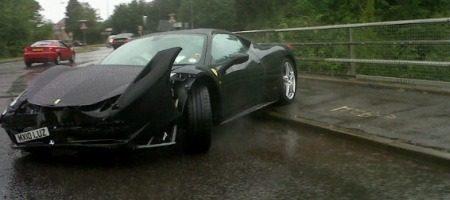 Ferrari 458 Italia regen crash