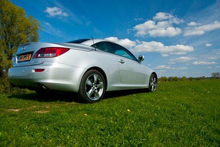 Lexus IS 250c rear