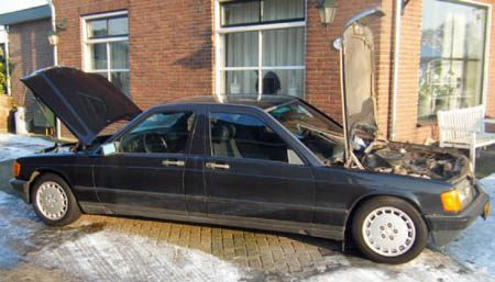 Mercedes-Benz 190 siamese tweeling