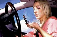 Met je mobieltje achter het stuur