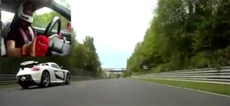 Porsche Carrera GT vs Nissan GT-R