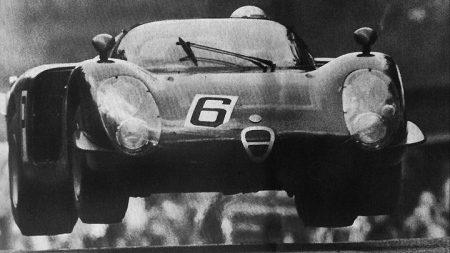 Alfa Romeo 33/2 Nurburgring jump