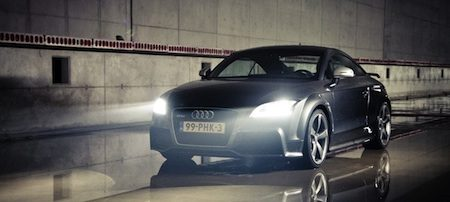 Audi TT-RS in de tunnel