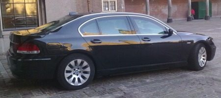 photo of Geert Wilders BMW 760Li - car
