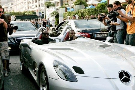 Kanye in SLR - Fotocredit: Socialitelife.com