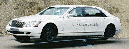 Maybach Guard met gaatjes