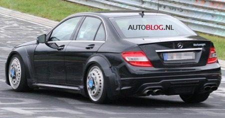 Mercedes_C63_AMG_Black_Series_Sedan