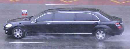 Mercedes S600 Guard Pullman - Medvedev