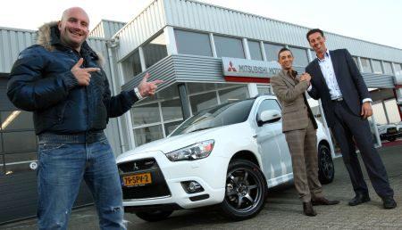 Yes-R krijgt zijn Mitsubishi ASX en Dean Saunders is erbij