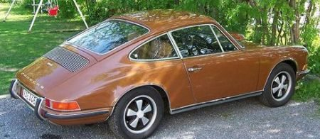 Porsche 911 (1971) - Sepia Brown