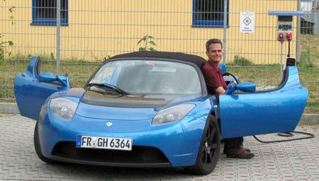 Hansjörg von Gemmingen en zijn Tesla Roadster
