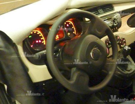 Fiat Panda interieur spyshot