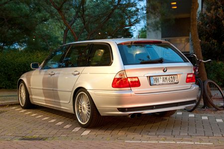 Alpina B3 3.3 Touring - Foto: Jim Appelmelk