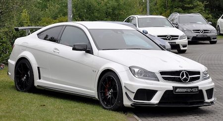 C63 AMG Coupé Black Series met opsmuk!