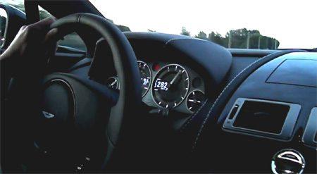 Aston Martin V12 Vantage gaat los in België