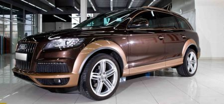 Audi Q7 two tone by FibraFoil