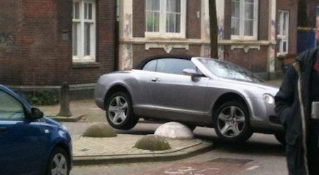 Een Bentley opkrikken, je doet het verkeerd