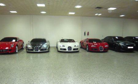 Bugatti Veyron trio in parkeergarage