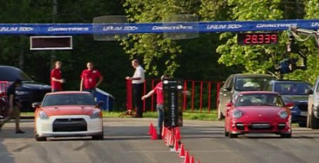 Dragrace Nissan GT-R vs Porsche 911 Turbo