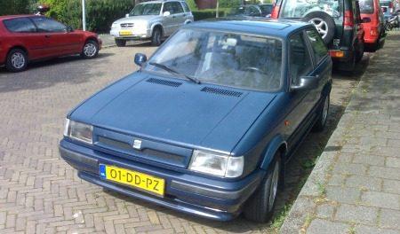 mijn eerste: een (mat)Blauwe Seat Ibiza