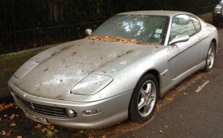 Ferrari 456 verrot in Londen