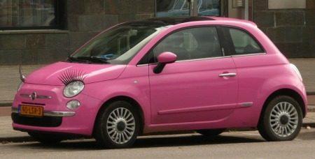 Fiat 500 knippert nog eens met haar carlashes