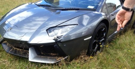 Lamborghini Aventador Is Prima Geschikt Als Grasmaaier Autoblog Nl