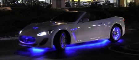 België, waarom? Maserati GranCabrio met neonlicht! - Autoblog.nl