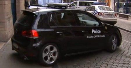 De politie-petjes-Golf GTI