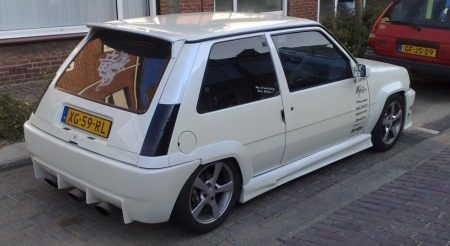 Renault 5 GT Turbo-tupperwareslee